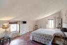 38 Top Bedroom