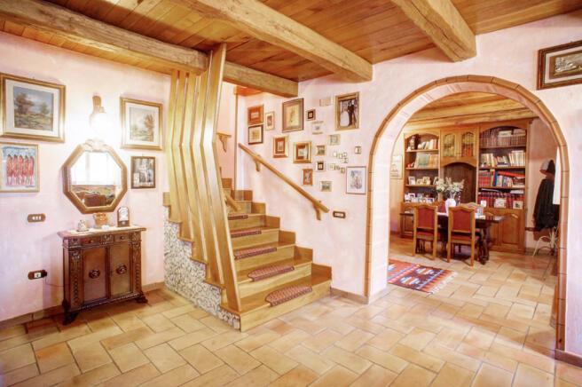 5 Living area