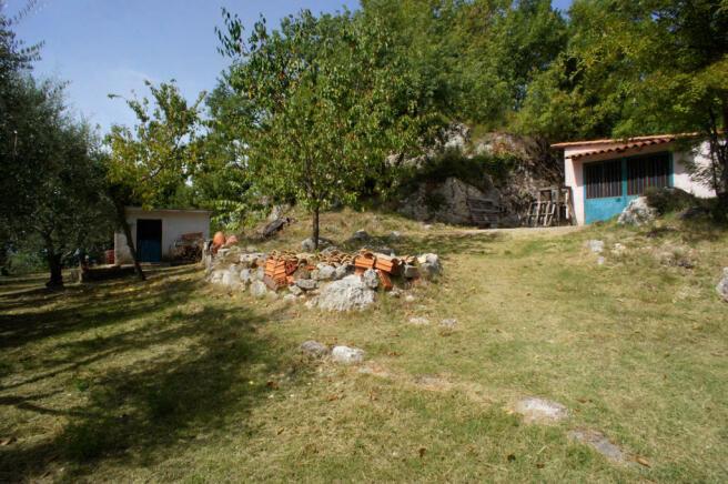 22 Garden sheds