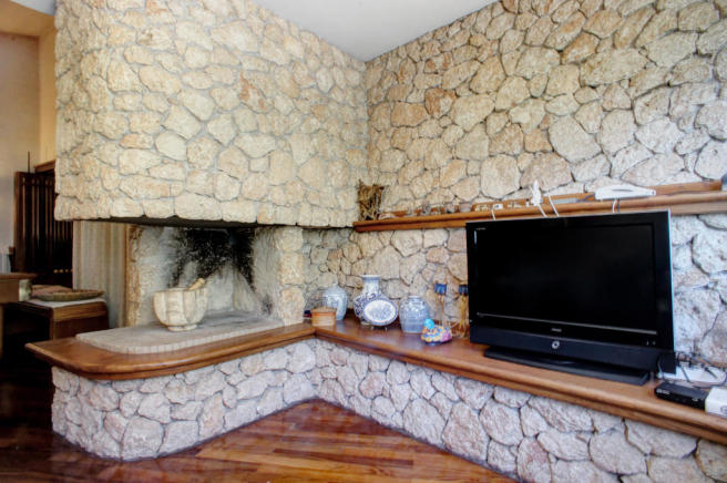 Fireplace TV room