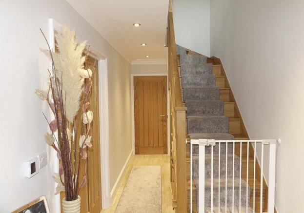 Entrance Hall & Stairwell