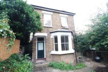 Flat to rent in Clitherow Road...