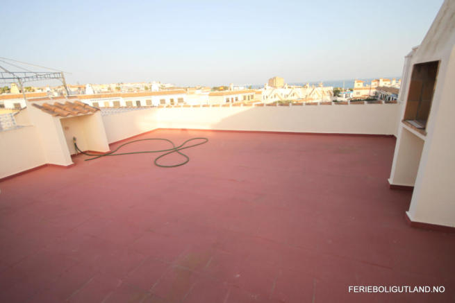 Roof Terrace (1)