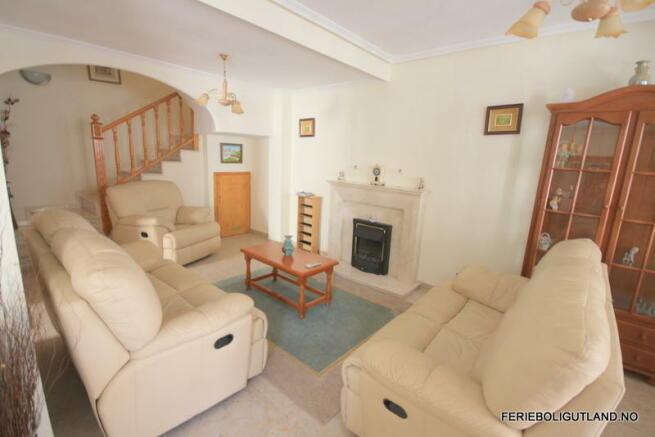 Living Area (5)