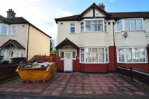 3 bedroom End of Terrace home in Consfield Avenue...