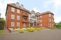 Apartment to rent in Manor Road, Chigwell...