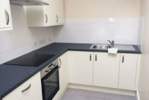 property to rent in Golders Green Road, London, NW11
