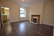 4 bed Terraced home to rent in Duke Street, Colne