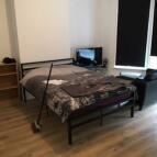 Studio apartment in Vansittart road ...