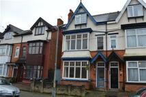 5 bedroom semi detached property in Alexander Road...