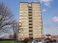 2 bed Flat in Oaks Lane, Ilford, Essex...