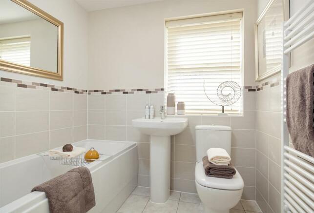 Hadley bathroom