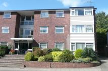 2 bed Flat to rent in De Montfort Court...