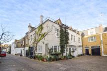 2 bed house to rent in Queen's Gate Mews...