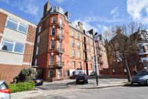 Flat to rent in 22 Welbeck Mansions...
