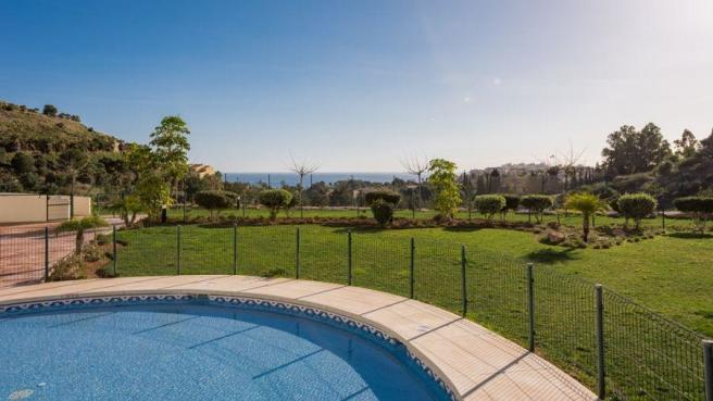 Communal pool and views