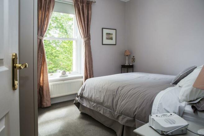 Bedroom 2 _83A3845.j