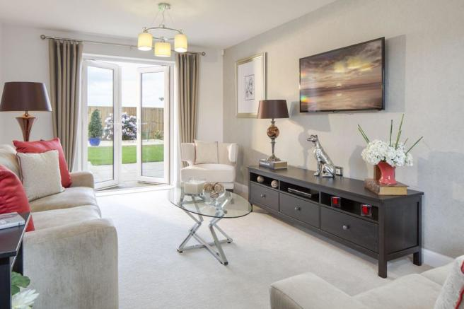 Typical Lincoln dual aspect lounge with French doors