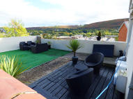 semi detached house in Abercynon, Aberpennar...