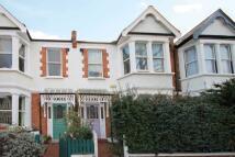 4 bedroom home in Summerlands Avenue, Acton