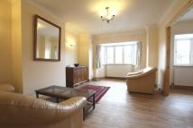 2 bed Flat in Southdown Avenue, Hanwell