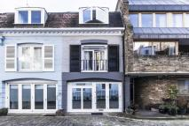 2 bed home in Craven Hill Mews...