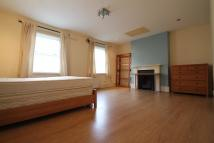4 bedroom Terraced property in Greenwich High Road...