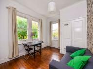1 bedroom Terraced property in Haydons Road, London...