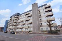 Apartment to rent in 1 Buckingham Gardens...