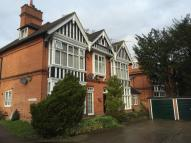 2 bedroom Flat to rent in Chilbolton, Egham HIll...