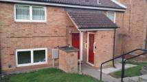 Ground Flat to rent in Horsley Crescent...