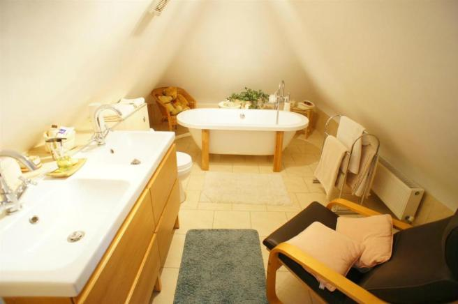 ridgewaybathroom.jpg