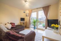 Flat in Loats rd, Clapham...