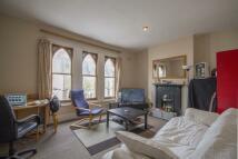 3 bed Flat in Ducie Street, Clapham...