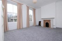 Apartment to rent in Bouverie Road, London