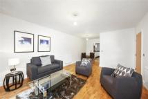 3 bed Apartment in Hythe House, Green Lanes