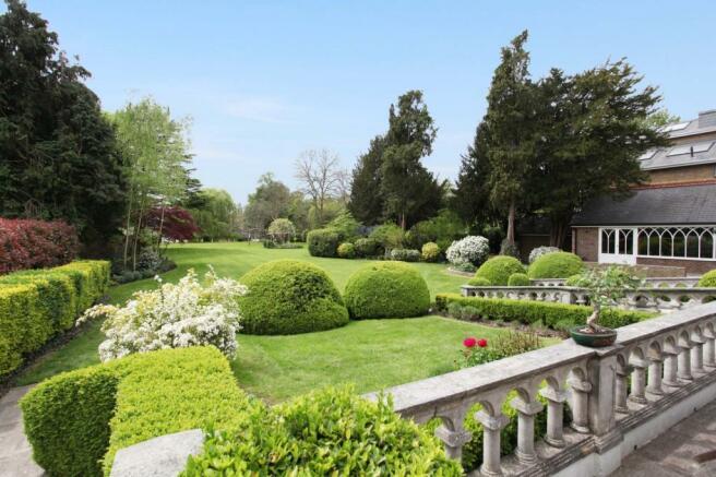 Garden View (Main)