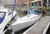 House Boat in St Katharine Docks for sale