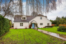 5 bedroom Detached home for sale in Four Elms Road...