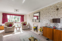 4 bed Detached property in Meadow Lane, Edenbridge...
