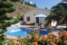 Country House for sale in Sayalonga, Málaga...