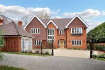 6 bedroom Detached house in Knotty Green...