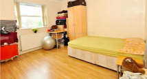 Apartment to rent in Burges Road, London, E6
