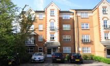 2 bed property in Shaftesbury Gardens...