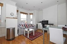 2 bedroom Flat to rent in Valetta Road