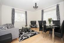 Heathfield Road Flat to rent