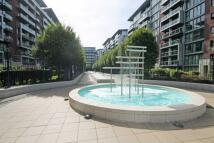 Flat to rent in Queenstown Road