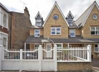 5 bed property in Woodstock Road, Chiswick