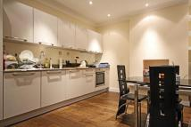 2 bed Flat in South Ealing Road...