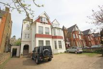 2 bedroom Flat to rent in Madeley Road, Ealing